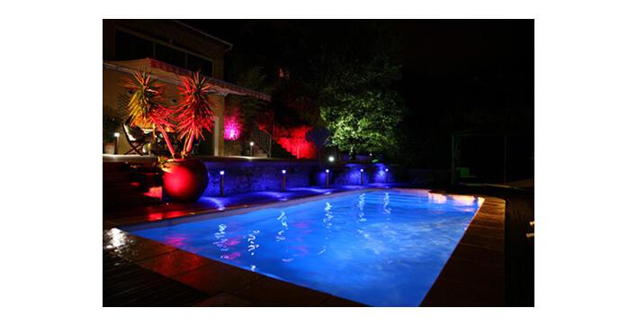 Comment changer l'ampoule de ma piscine Desjoyaux ?