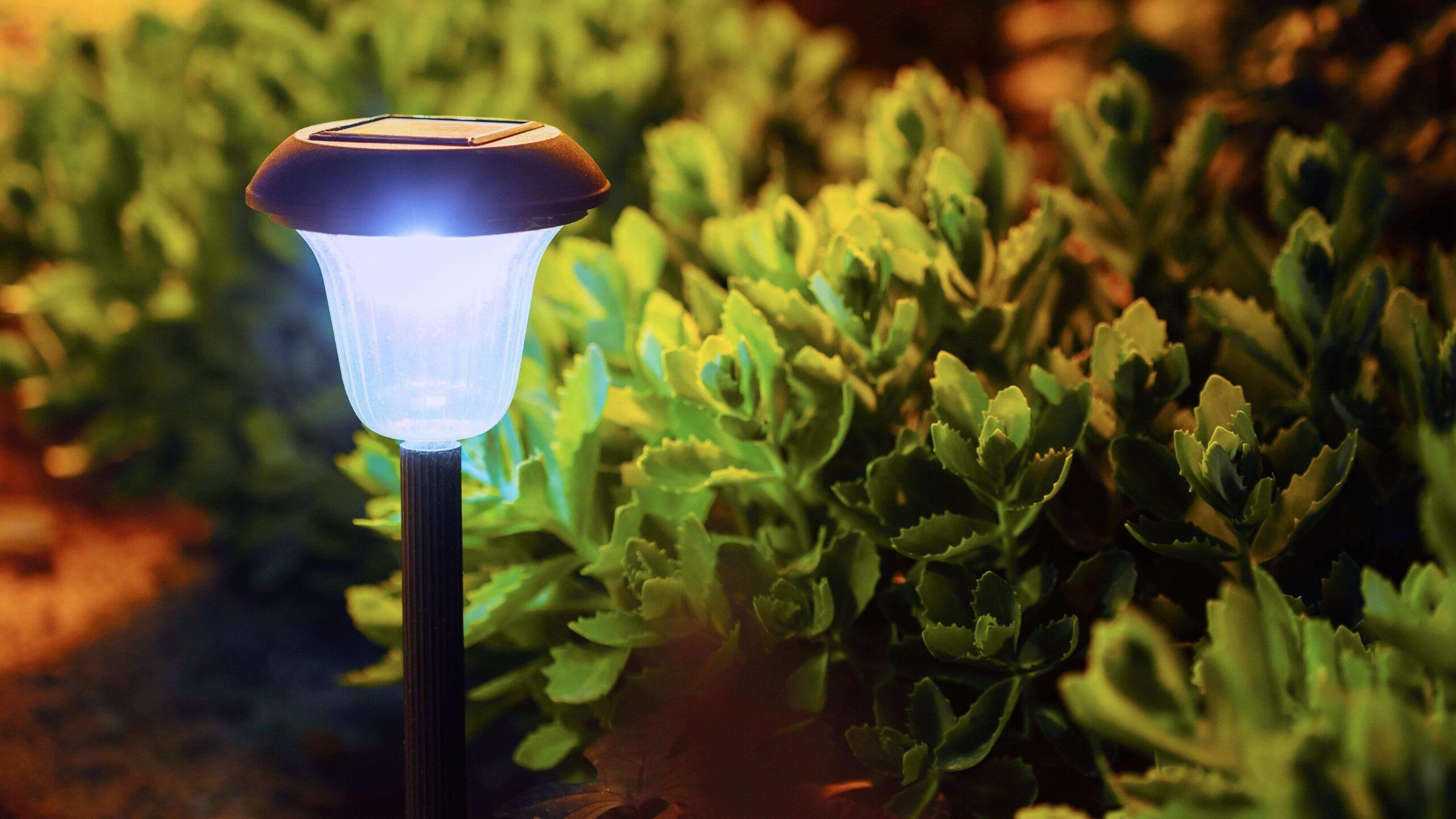 Comment orienter une lampe solaire ?
